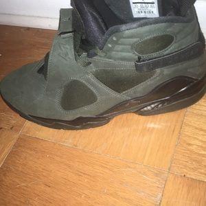 fb216eea33b8 Jordan Shoes - Retro Jordan 8 s dark green and future orange